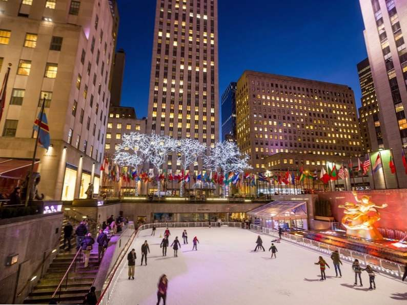 12 best ice skating rinks to visit in the us
