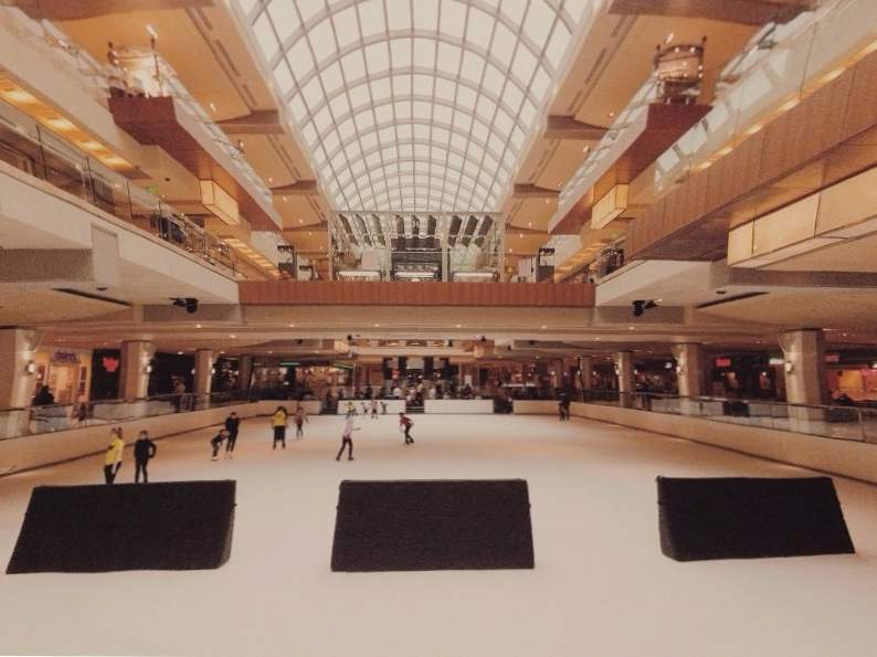 12 best ice skating rinks to visit in the us 11