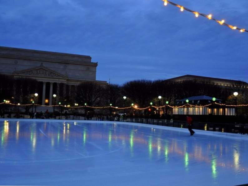 12 best ice skating rinks to visit in the us 4