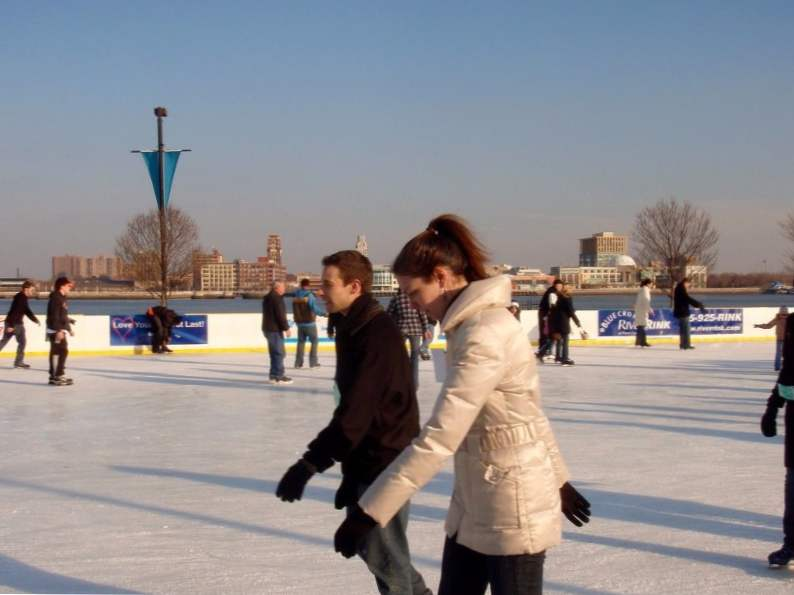 12 best ice skating rinks to visit in the us 7
