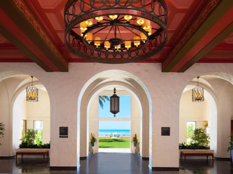 12 of the most gorgeous hawaii honeymoon resorts