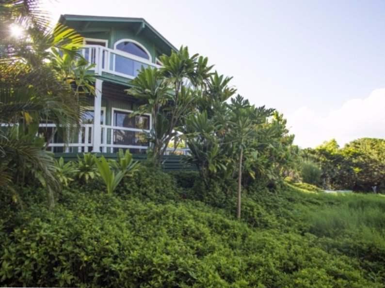 12 of the most gorgeous hawaii honeymoon resorts 3