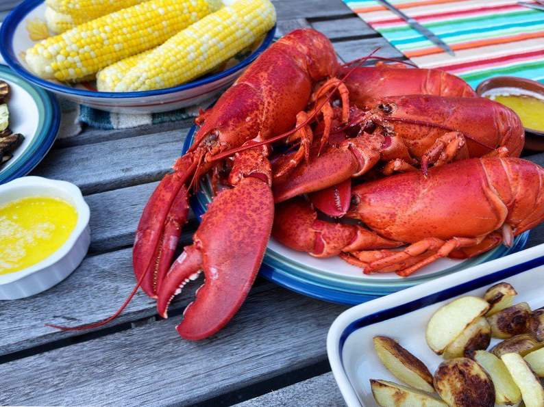 12 travel destinations with the best seafood