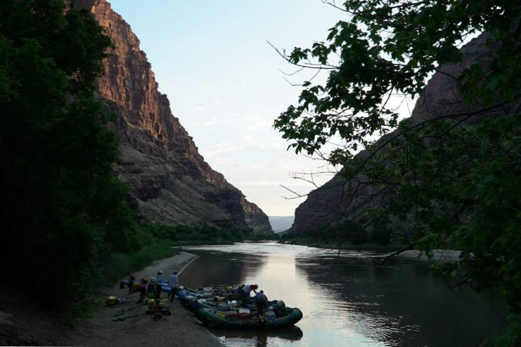 13 incredible colorado rivers for whitewater rafting 10
