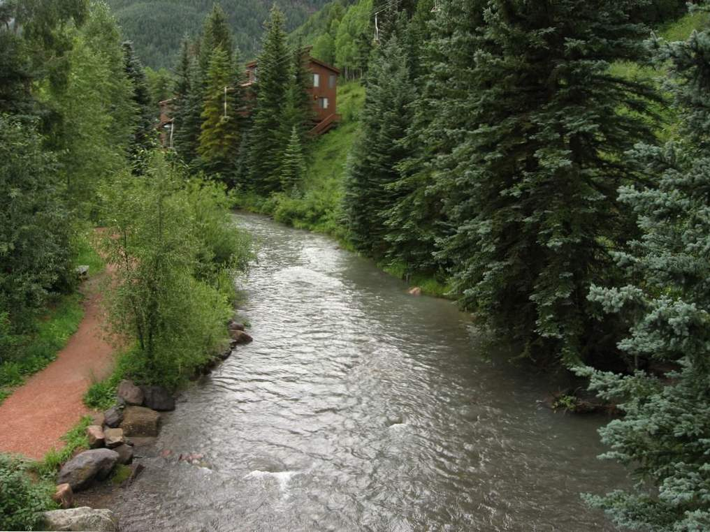 13 incredible colorado rivers for whitewater rafting 12