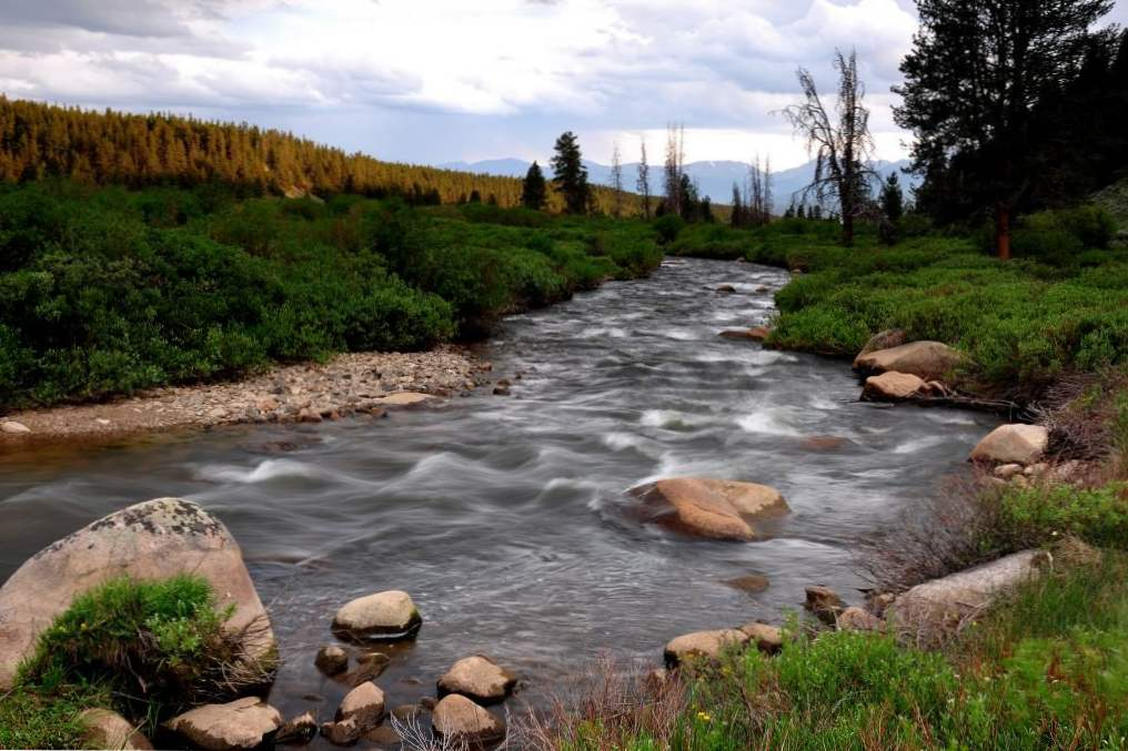 13 incredible colorado rivers for whitewater rafting 2