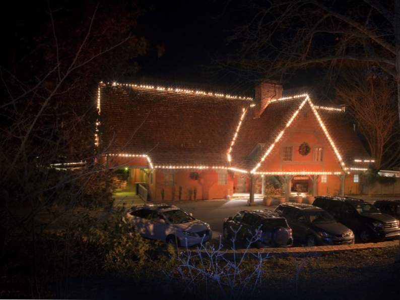 5 christmas traditions in georgia to experience this year 2