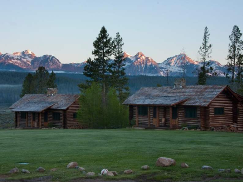 7 best wilderness lodges in the rocky mountain states 2