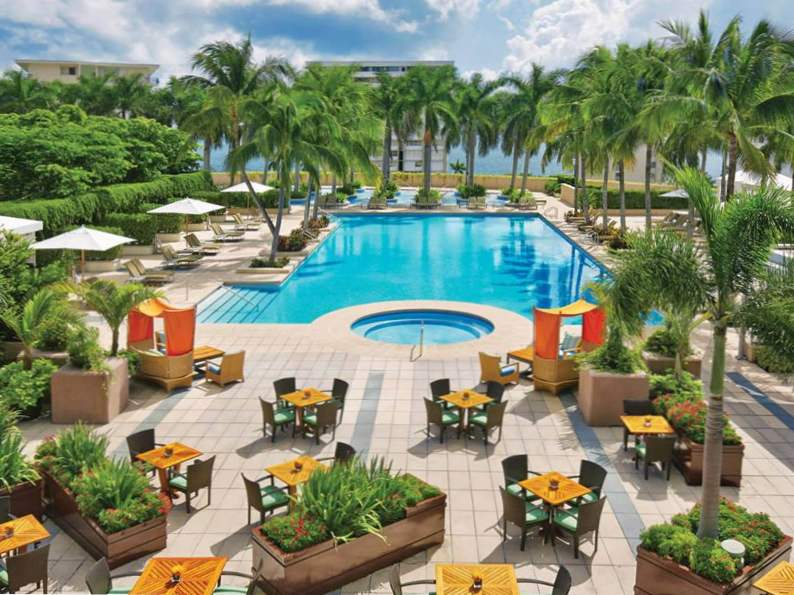 7 of the best luxury resorts in miami 4