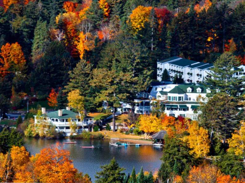 8 best resorts to visit if you love fall foliage 5