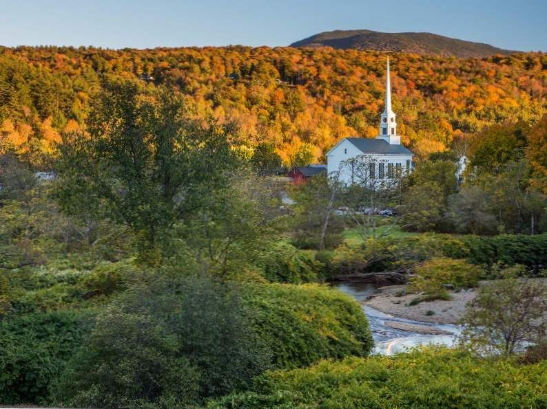 8 best resorts to visit if you love fall foliage 6