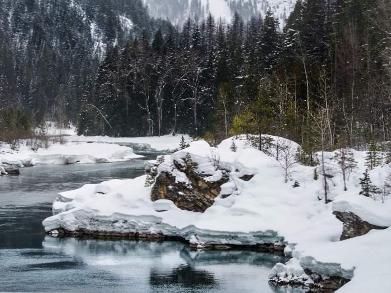 8 gorgeous winter destinations in montana 3