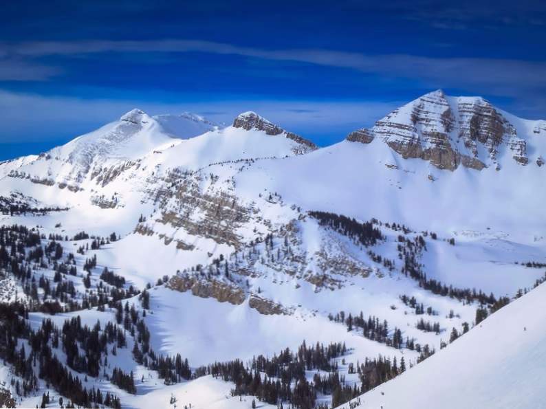 8 of the worlds most extreme ski destinations 2