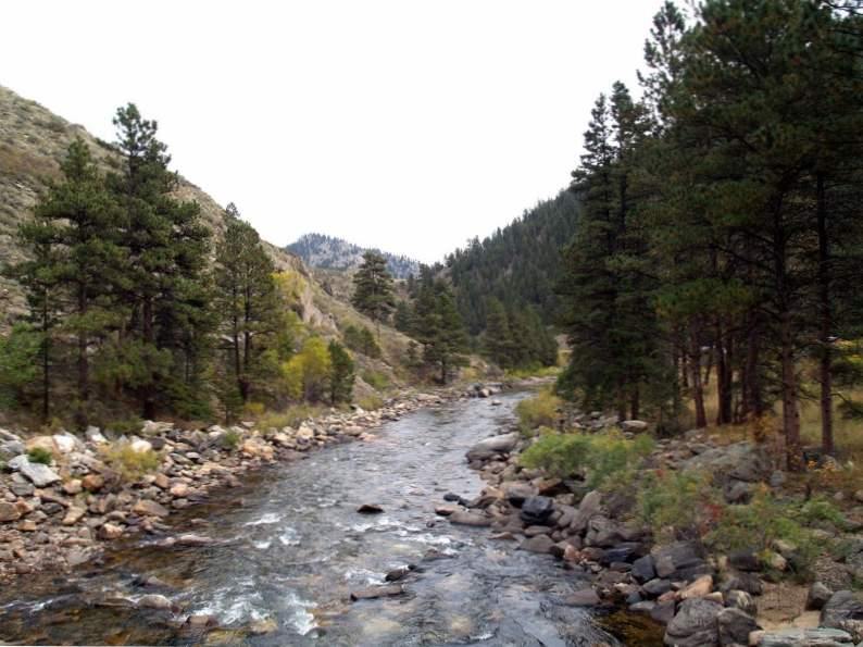 9 best places to camp by the water in colorado 3