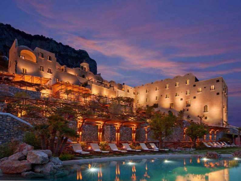 9 most romantic clifftop hotels resorts in the world 2