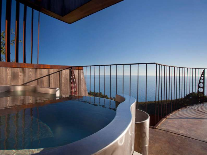 9 most romantic clifftop hotels resorts in the world 3