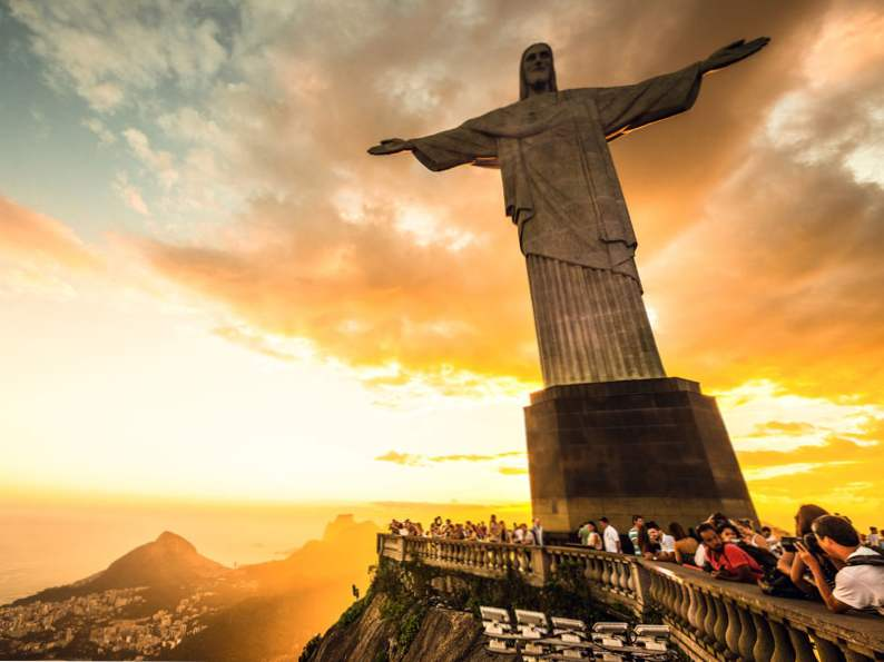 9 of the best travel destinations to take a selfie 7