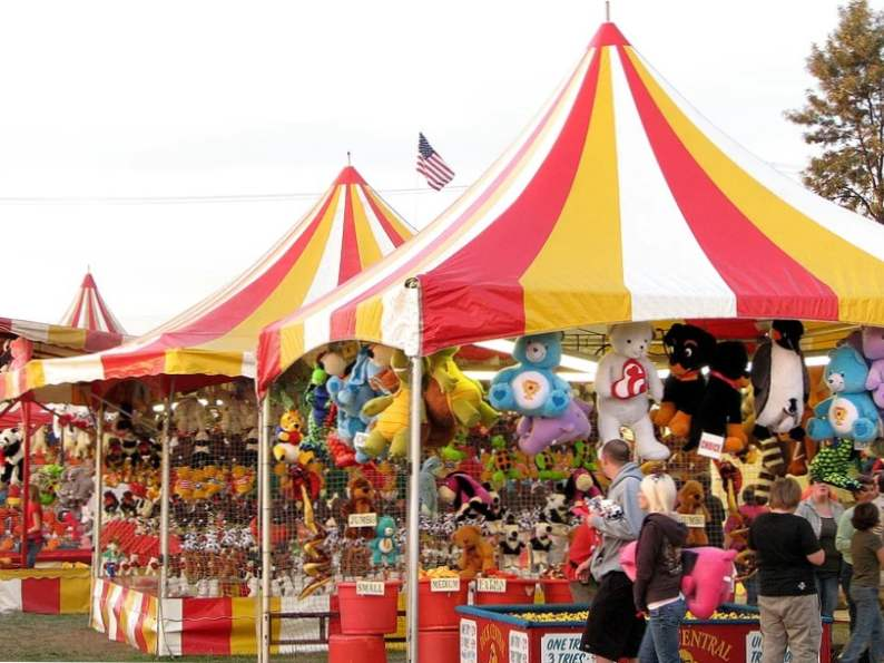the 7 best fall festivals to visit in north carolina 4
