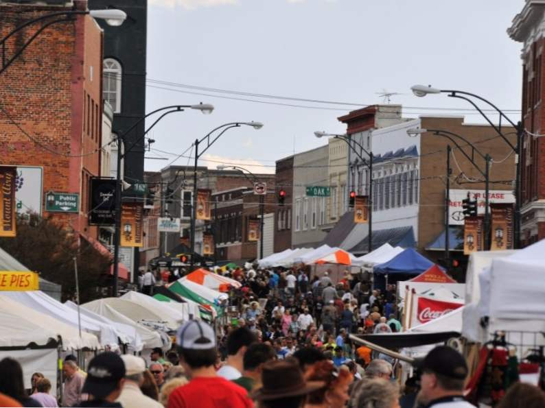 the 7 best fall festivals to visit in north carolina 5