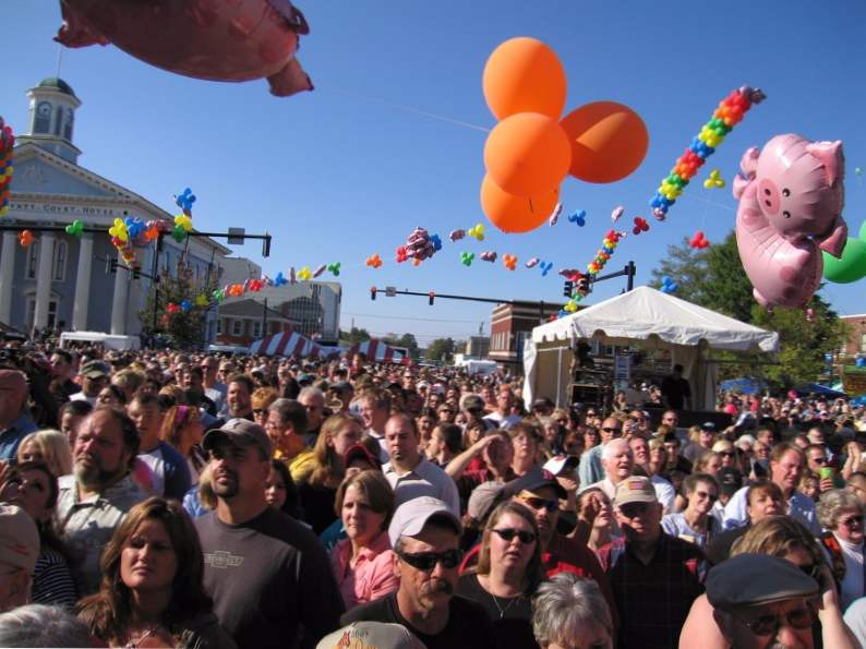 the 7 best fall festivals to visit in north carolina 7