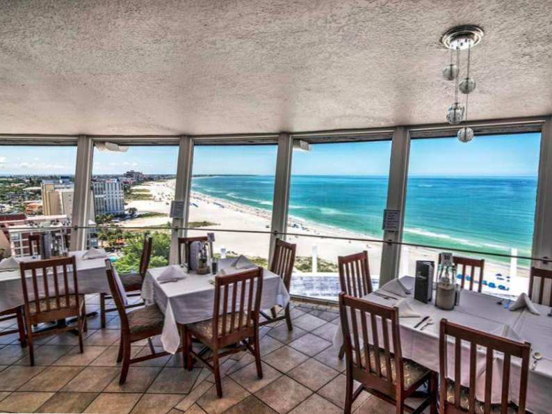 this revolving restaurant in florida serves up picturesque ocean views 3