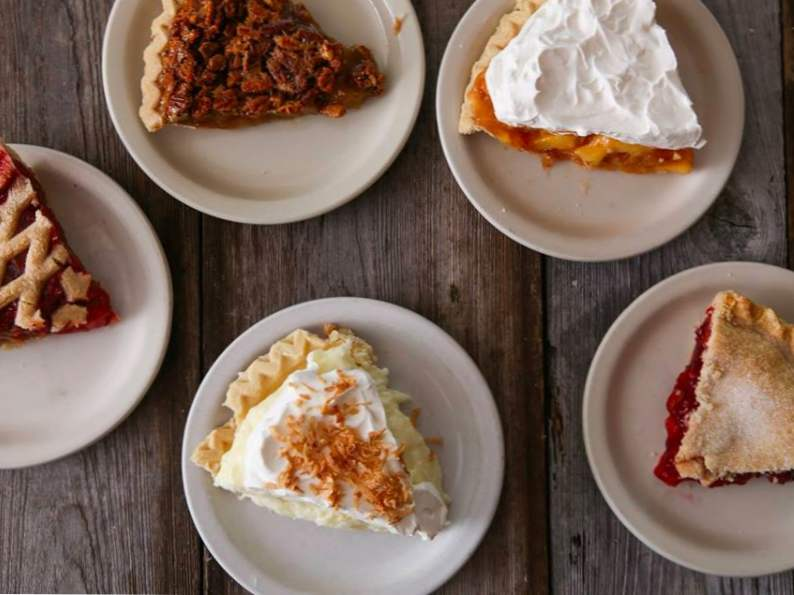 try the world famous pie at yoders amish restaurant in florida 3