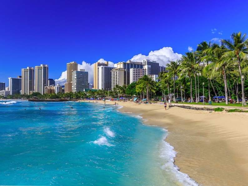 vacation destinations with the best weather year round