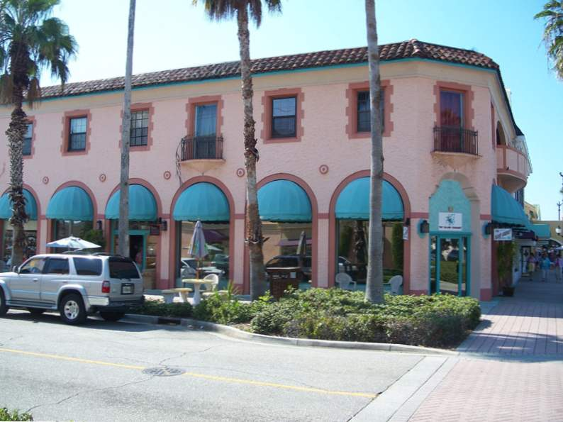 visit the shark tooth capital of the world in venice florida 5