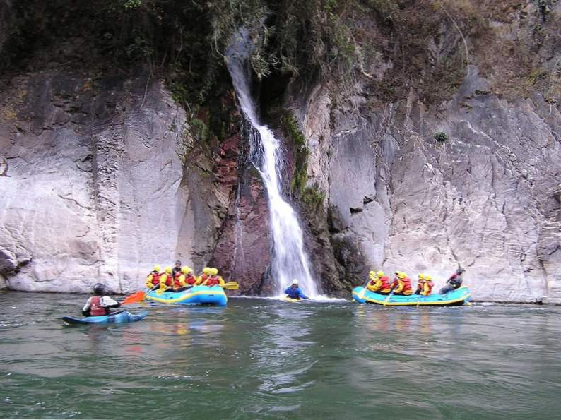 10 most exciting whitewater kayaking destinations in the world 10