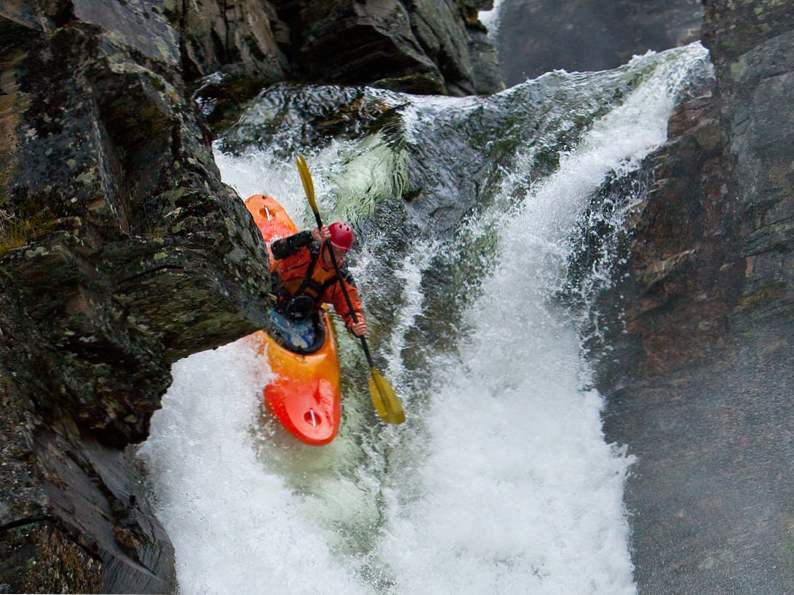 10 most exciting whitewater kayaking destinations in the world 2
