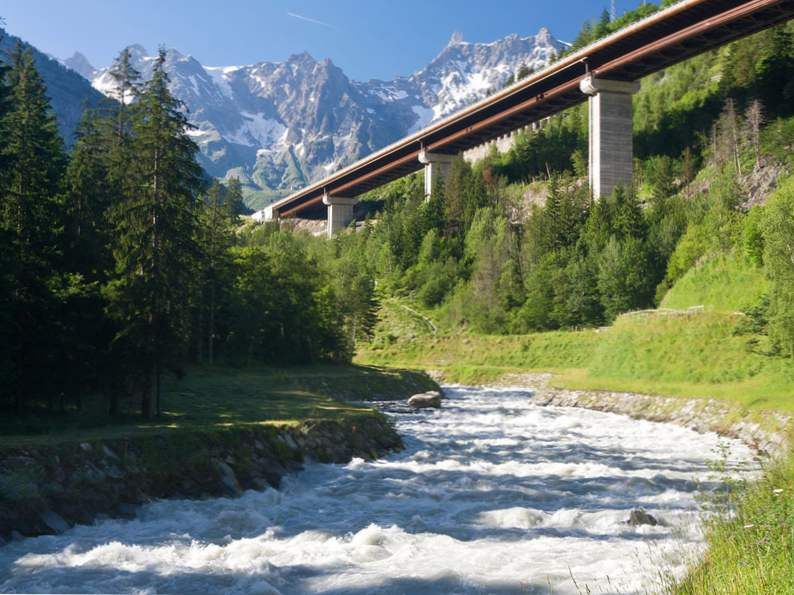 10 most exciting whitewater kayaking destinations in the world 8