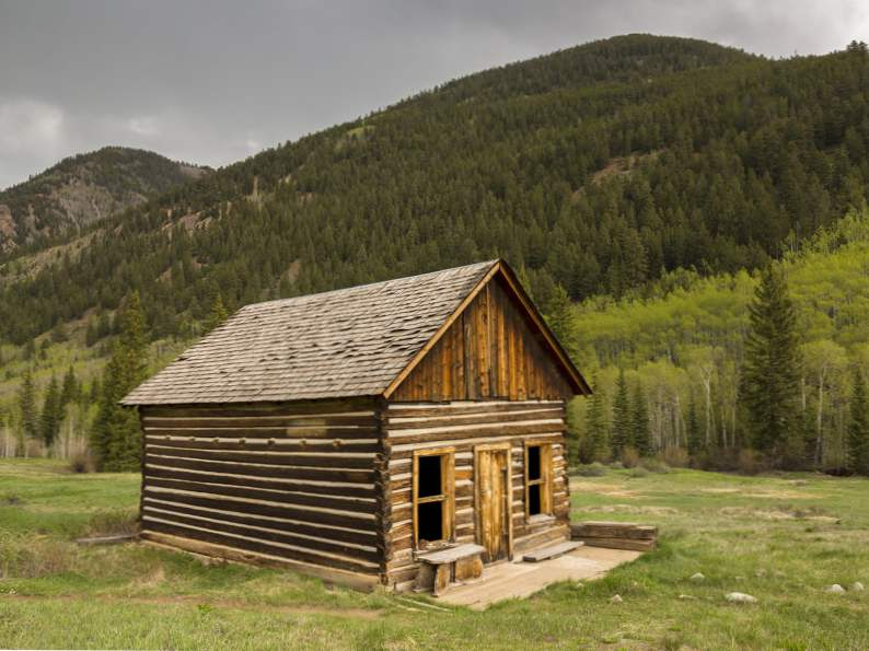 11 best cabin vacation destinations in the us 3