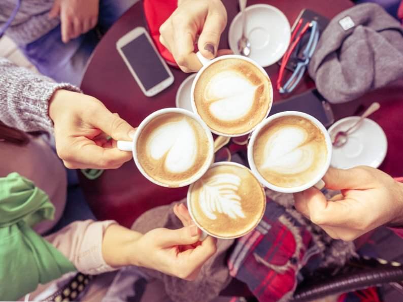 12 cheap travel tips millennials swear by 6