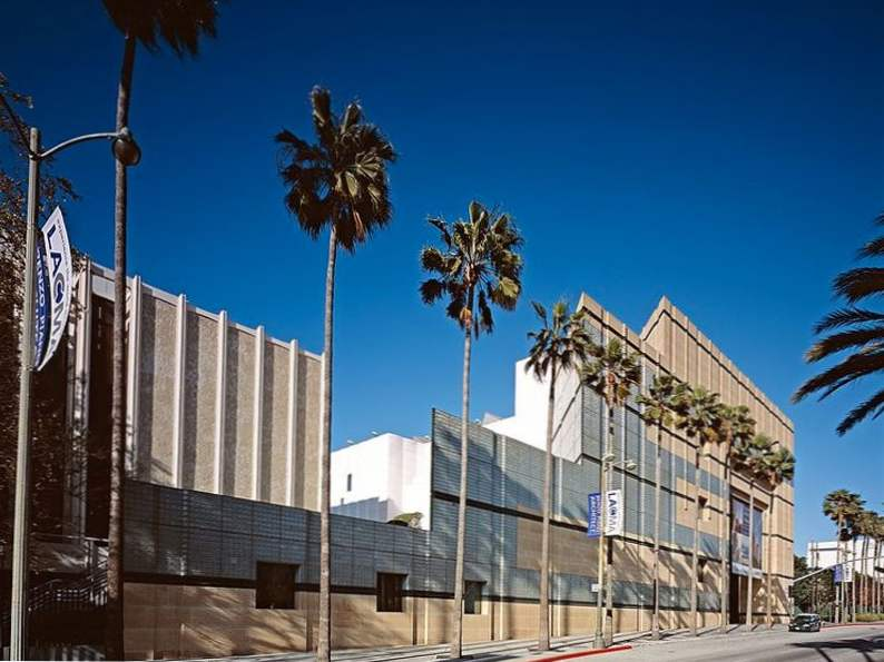 17 attractions you must experience while visiting los angeles 11
