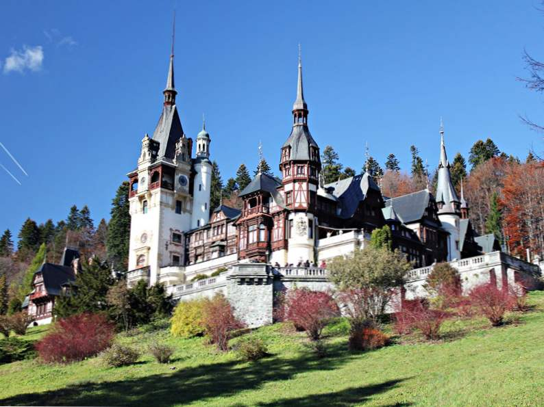 20 of the worlds most magnificent castles 10