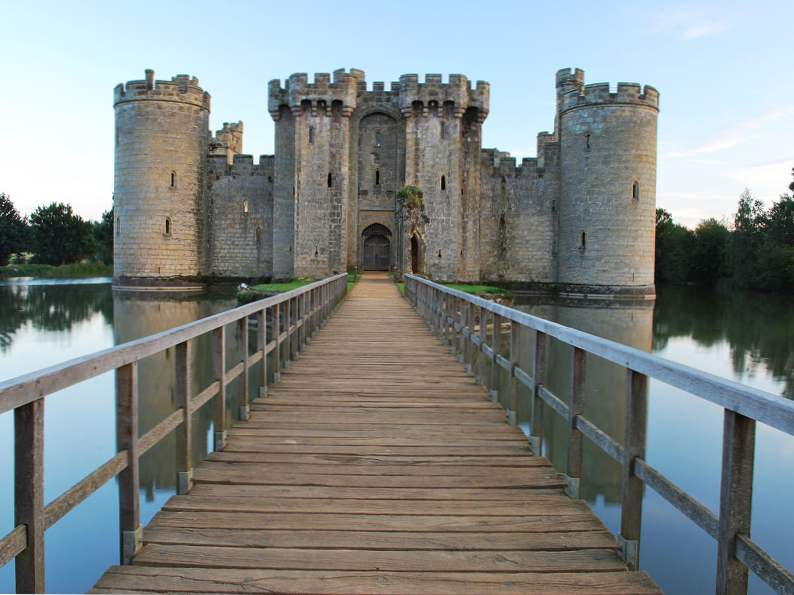 20 of the worlds most magnificent castles 14