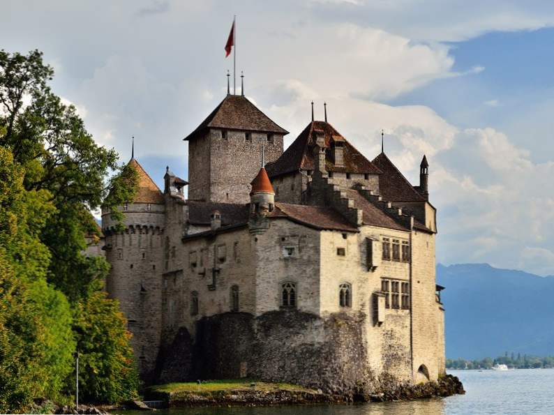20 of the worlds most magnificent castles 15