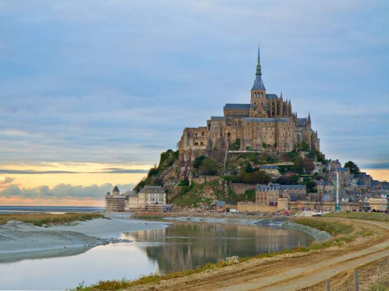 20 of the worlds most magnificent castles 17