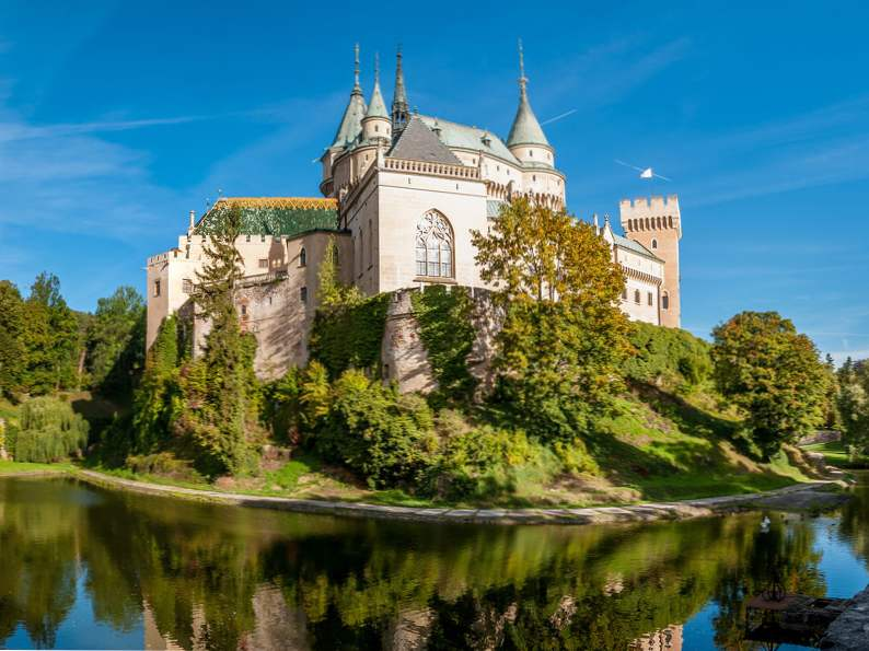20 of the worlds most magnificent castles 3