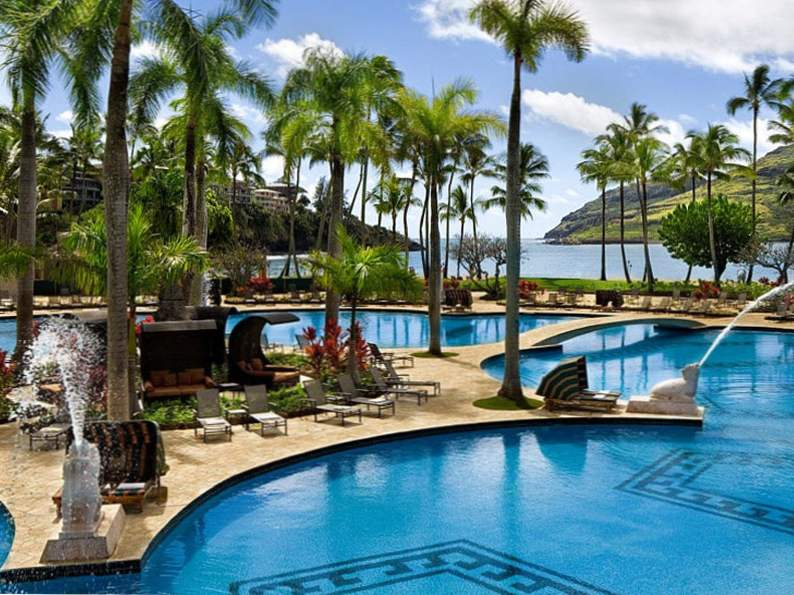 9 most affordable beach resorts in hawaii