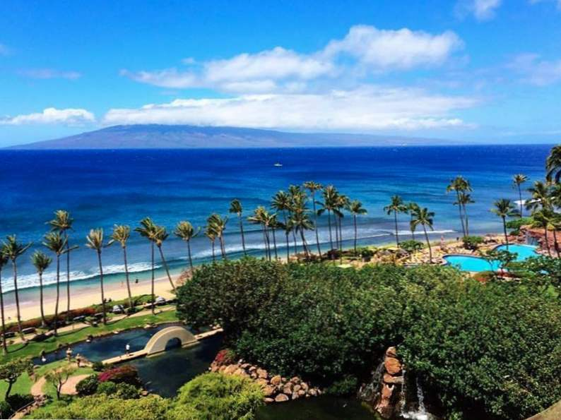 9 most affordable beach resorts in hawaii 3