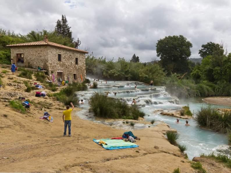 9 stunning natural hot springs 8