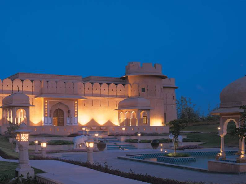 9 unforgettable hotels resorts in india