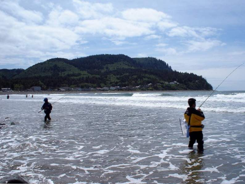 beautiful beach towns to visit along the oregon coast 10