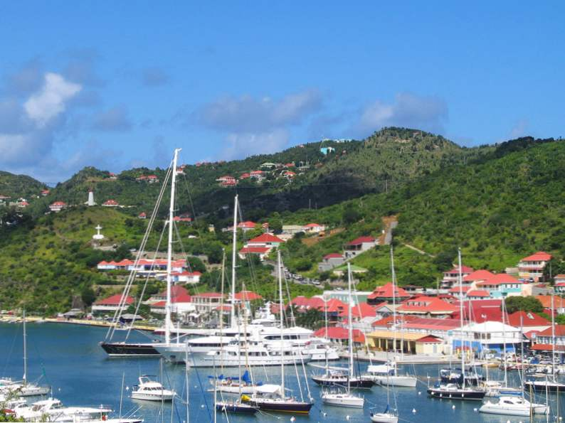 most popular celebrity vacation hot spots 13