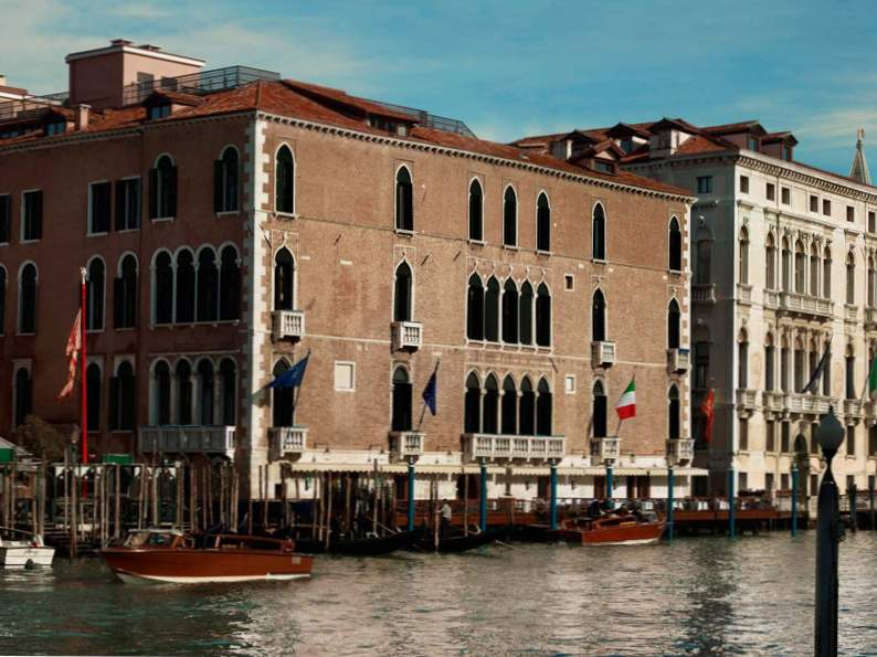 the most romantic resorts in italy 2