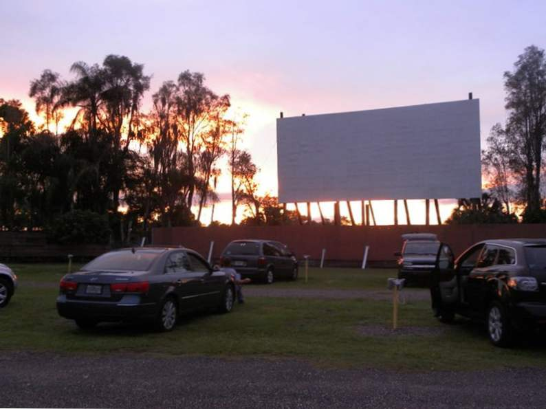 these retro spots in florida will take you back in time 4