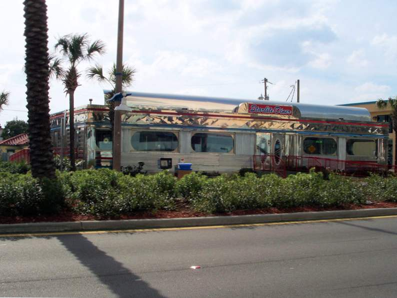 these retro spots in florida will take you back in time 6