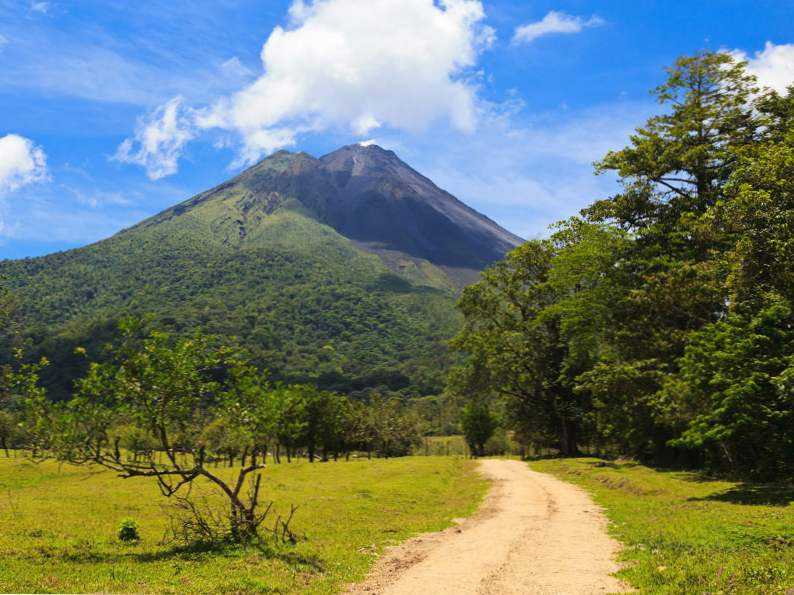 top 14 attractions to visit in central america