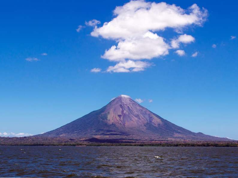 top 14 attractions to visit in central america 10